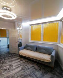 желтые алюминиевые жалюзи для балкона и кухни